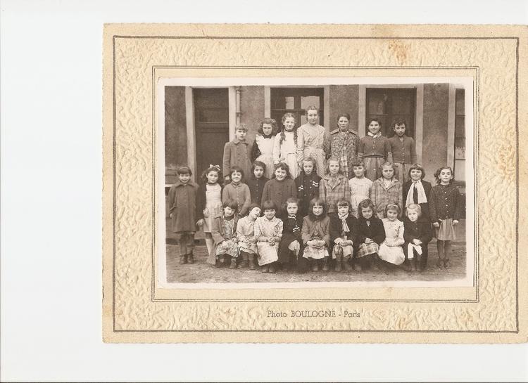 Photo de classe Primaire cp ou cm2 de 1954, Ecole Notre Dame (La Ville Du Bois) Copains d'avant # Ecole Notre Dame La Ville Du Bois