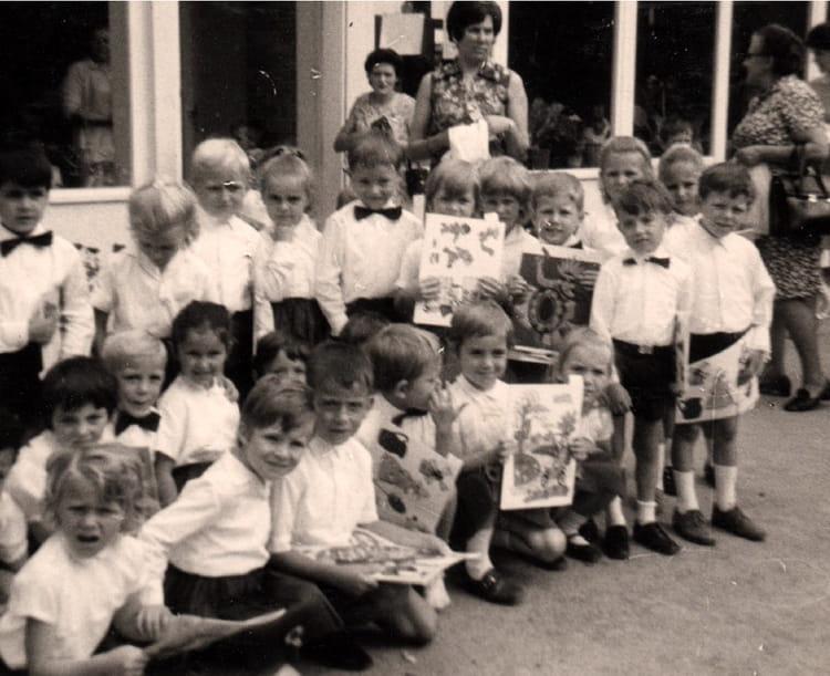 Photo de classe derni re ann e de maternelle de 1970 - Art cuisine longuenesse ...