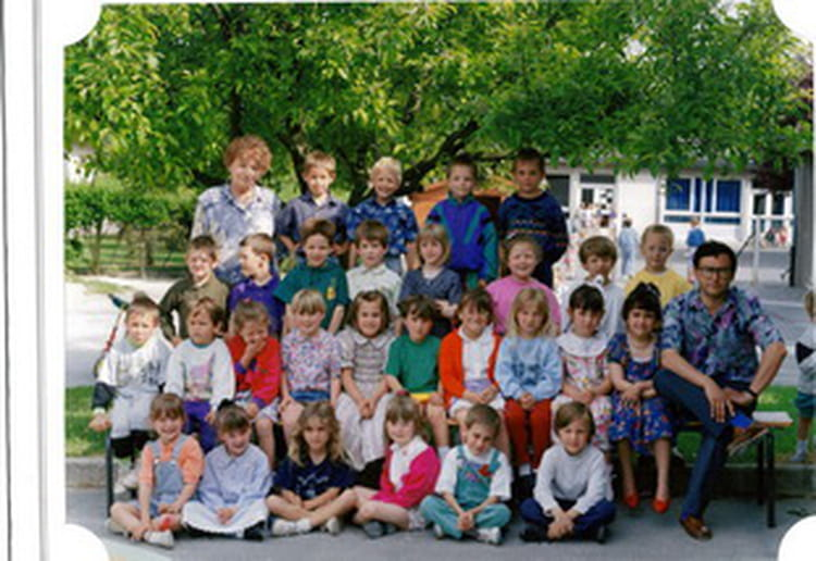 photo de classe maternelle de 1993 ecole de bourgoin sault les rethel copains d 39 avant. Black Bedroom Furniture Sets. Home Design Ideas