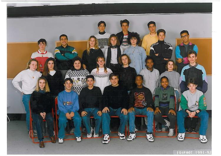photo de classe 2nde 10 1991 1992 de 1991 lyc e albert einstein copains d 39 avant. Black Bedroom Furniture Sets. Home Design Ideas