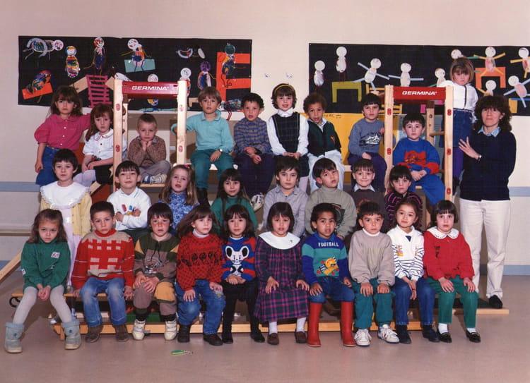 Photo de classe grande section de 1990 ecole jacques for Garage bailleau le pin