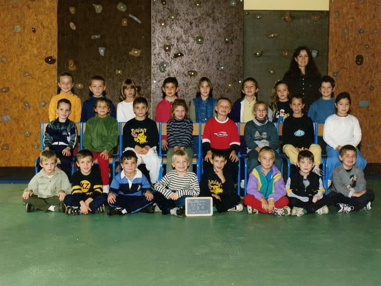 Photo de classe ce1 de 2001 ecole jacques prevert for Garage bailleau le pin