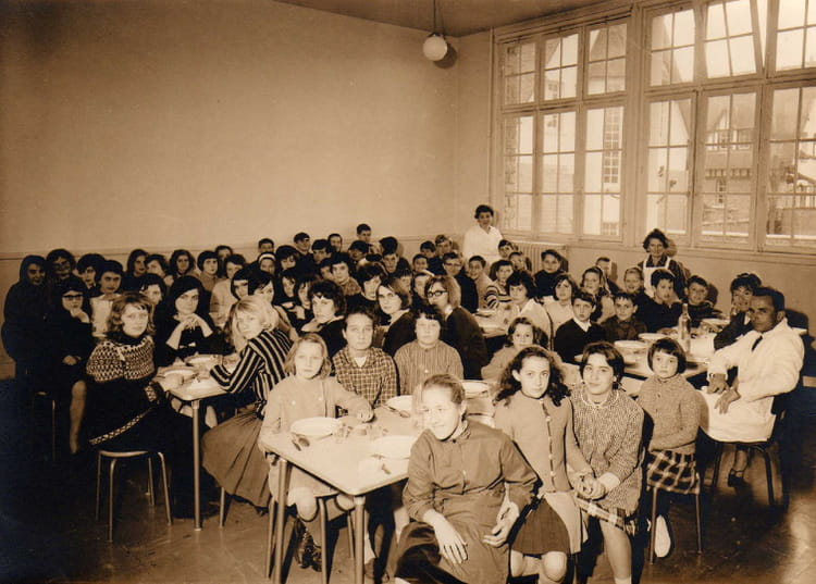 Photo de classe La cantine de 1965, COLLEGE ALFRED KASTLER   Copains d u0026#39;avant