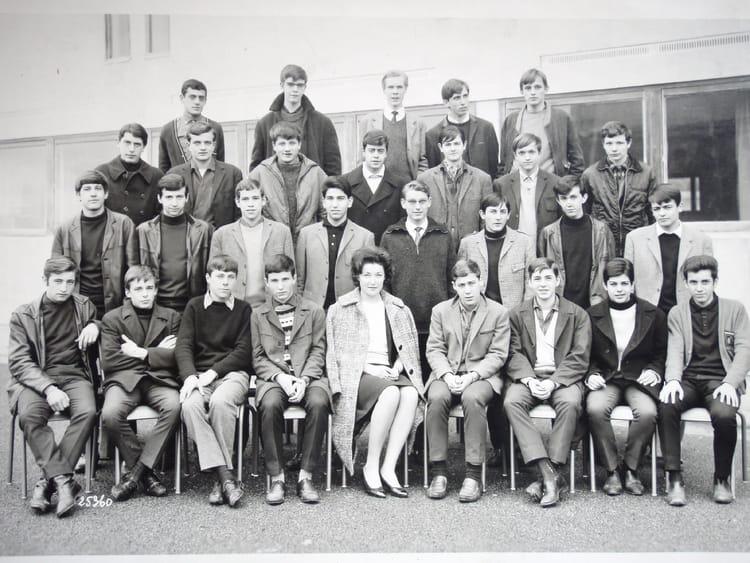 Photo de classe 2 me t 1 de 1966 lyc e professionnel - Lycee craponne salon ...