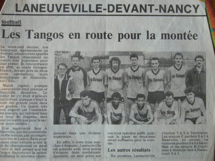 Photo de classe foot de 1987 es laneuveville devant nancy for Laneuveville devant nancy