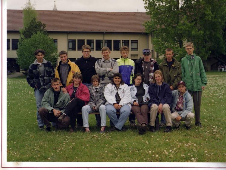 Photo de classe 1 re ann e de bac pro de 1996 lyc e for Programme bac pro cuisine