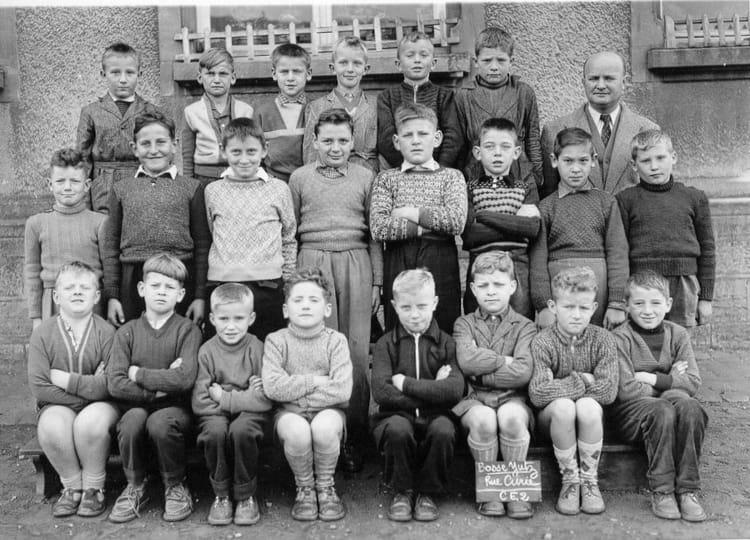 Photo de classe ce 2 rue curie basse yutz de 1958 ecole for Rue des garcons