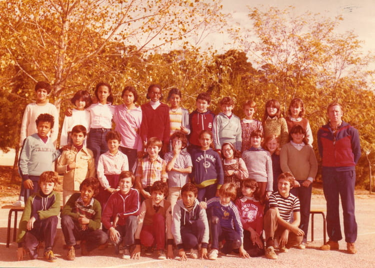 Photo De Classe Cm2 Mr Hastier De 1978 Ecole Alphonse