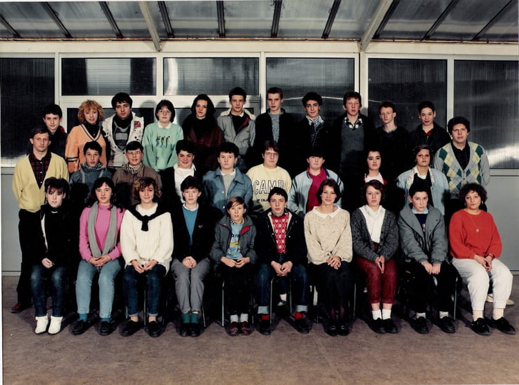 Photo de classe cap employe de bureau de 1987 lycee prive for Bureau lyceen