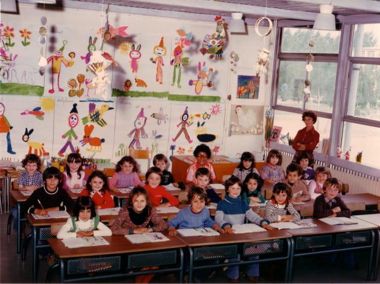 Photo de classe Cp de 1977, Ecole Jean Mace (Sainte Genevieve Des Bois) Copains d'avant # Auto Ecole Sainte Genevieve Des Bois
