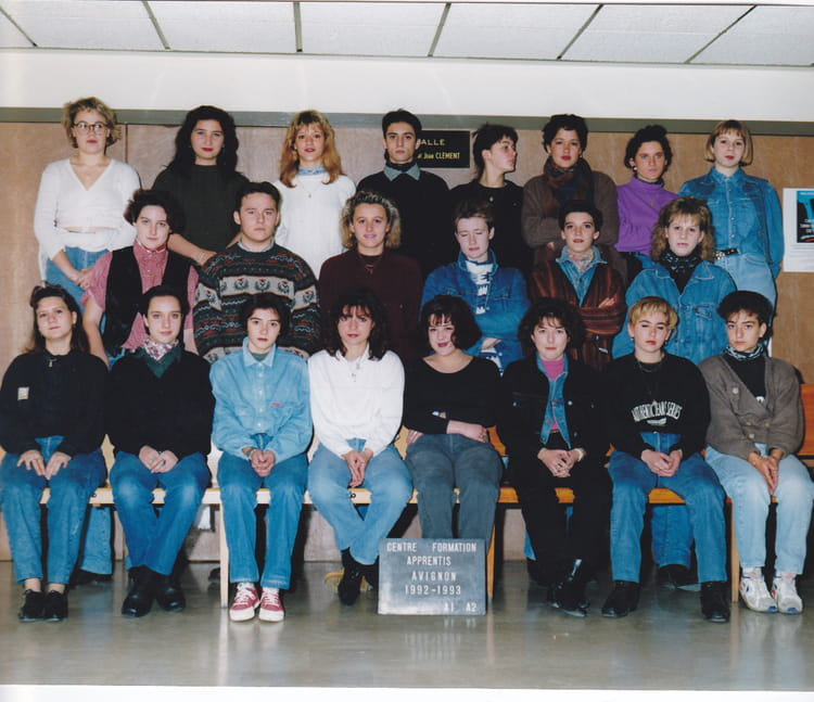 photo de classe de 1992 cfa de la chambre de m tiers de vaucluse copains d 39 avant. Black Bedroom Furniture Sets. Home Design Ideas