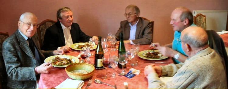 Photo de classe repas entre anciens etlin de 2005 etlin b for Idee repas entre copain
