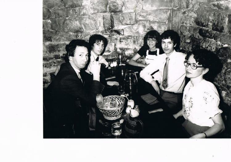 Photo de classe un repas entre col gues de 1983 svac for Idee repas entre copain