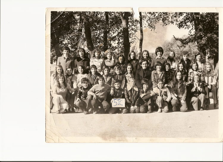 photo de classe 5 me i c de 1974 college henri barnier copains d 39 avant. Black Bedroom Furniture Sets. Home Design Ideas