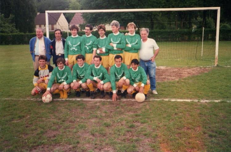 Photo de classe equipe reserve as coye la foret de 1978 - Meteo coye la foret ...