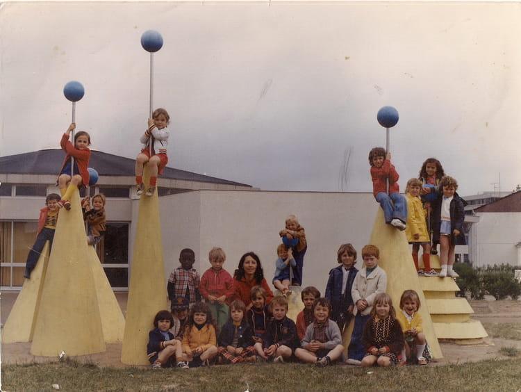 photo de classe grande section maternelle de 1976 ecole francois mitterrand saint jean de la. Black Bedroom Furniture Sets. Home Design Ideas