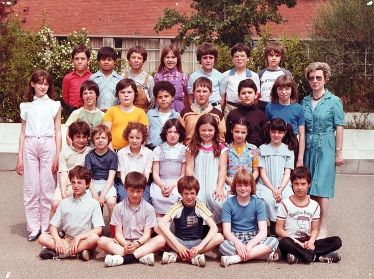 Photo de classe CM1 de 1981, ECOLE JULES FERRY  Copains d  ~ Auto Ecole Bois Colombes