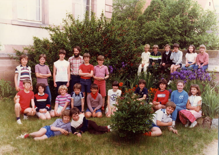 photo de classe cm2 de 1982 ecole charles grad turckheim. Black Bedroom Furniture Sets. Home Design Ideas