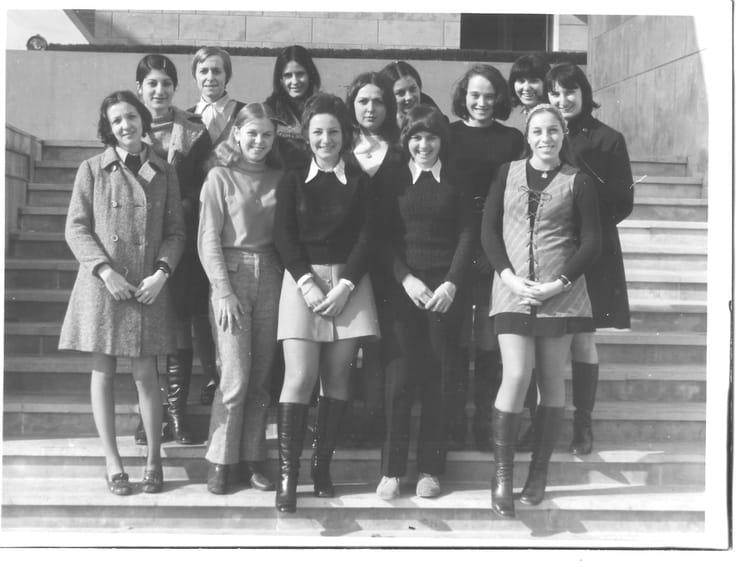 Photo de classe 1 re g1 de 1970 lyc e professionnel adam - Lycee craponne salon ...