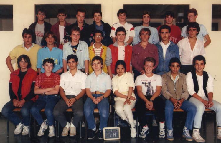 photo de classe 1ere en de 1985 lyc e professionnel louis bl riot copains d 39 avant. Black Bedroom Furniture Sets. Home Design Ideas