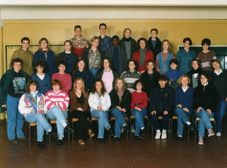 photo de classe 1 u00b01l de 1993  lyc u00e9e guy de maupassant