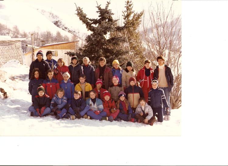 photo de classe ecole marcel pagnol draguignan classe de neige cm2 1981 1982 de 1981 ecole. Black Bedroom Furniture Sets. Home Design Ideas