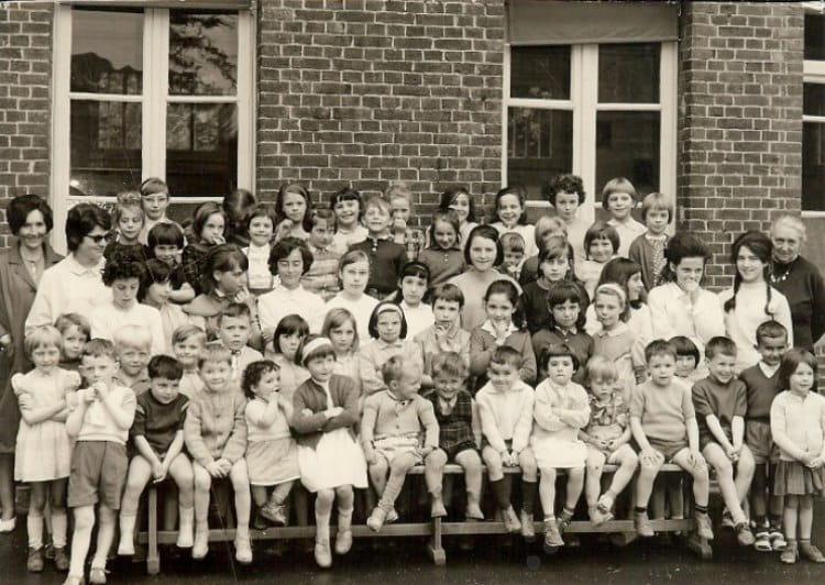 Photo de classe CM1 de 1966, Ecole Sainte Therese D'avila (Bois Guillaume) Copains d'avant # Lycée Rey Bois Guillaume