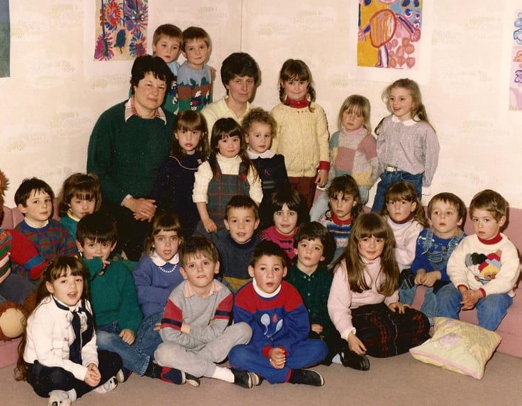 photo de classe maternelle de 1987 ecole primaire labastide de levis copains d 39 avant. Black Bedroom Furniture Sets. Home Design Ideas