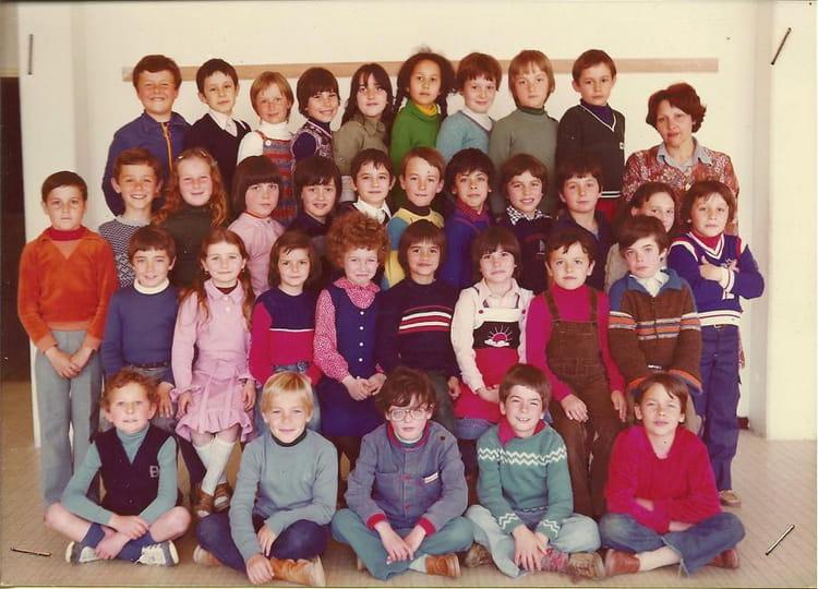 Photo de classe CE2 de 1978, ECOLE BOIS DE LA BARTHE  ~ Ent Bois De La Barthe