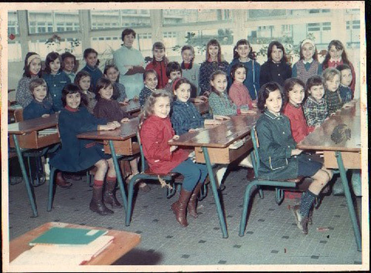 Photo de classe coulommiers 1969 ce 2 de 1969 ecole de for Piscine de coulommiers