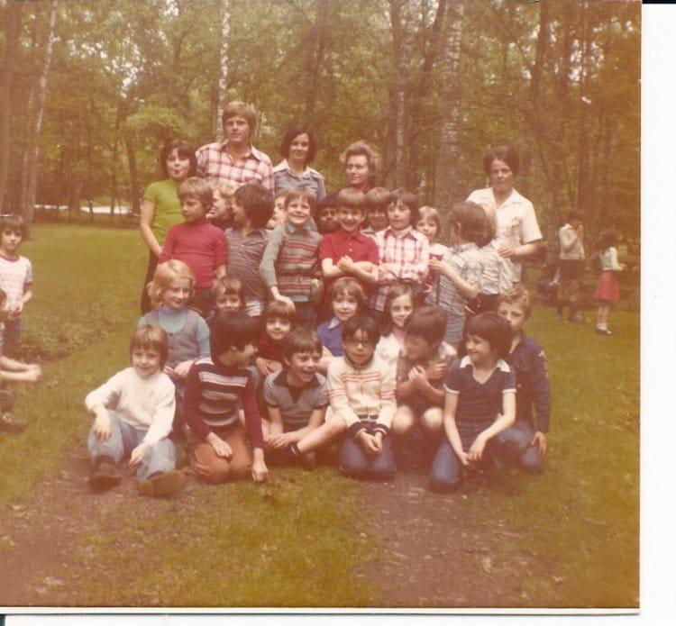 Photo de classe ce1 b de 1977 ecole saint louis copains - Faites le moi savoir ...