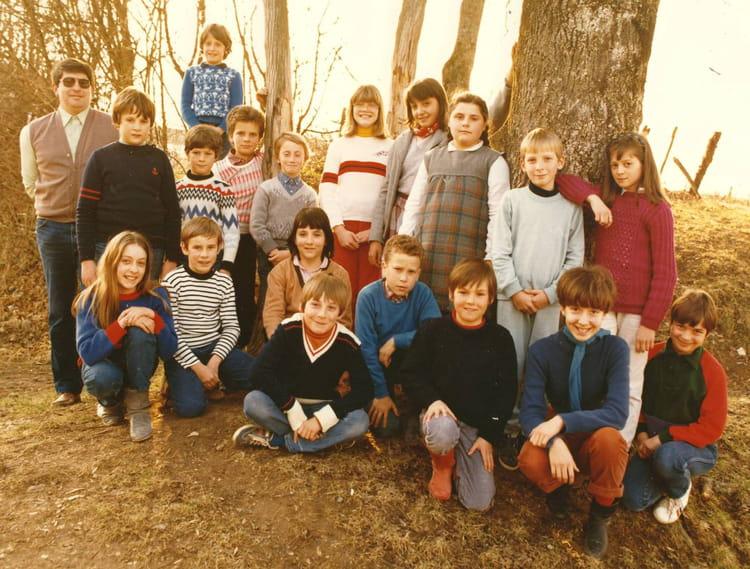 Photo de classe ecole primaire de villette les dole de 1985 villette les dole copains d 39 avant - Mr bricolage dole ...
