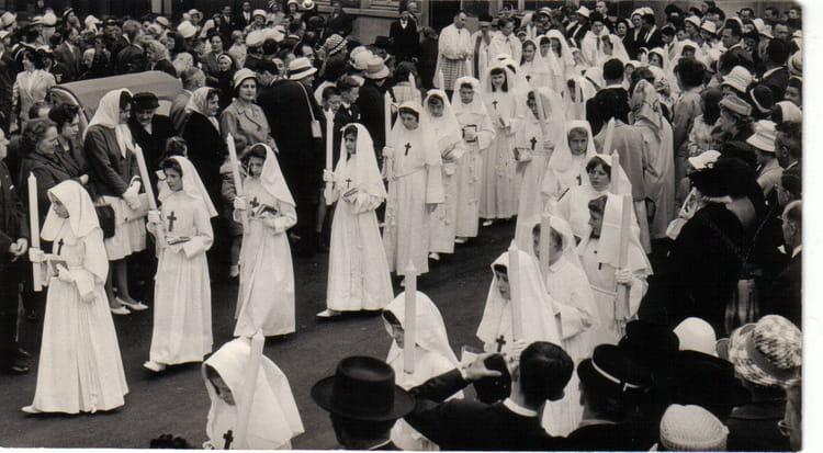 Photo de classe Communion Solennelle St Maclou Juin 1962 de 1962 ...