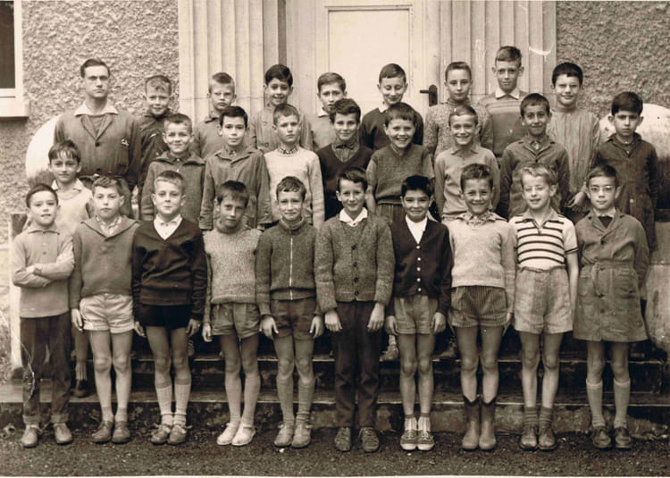 Photo de classe cole primaire ville la grand de 1961 ecole du centre ville la grand - Salon du chiot ville la grand ...