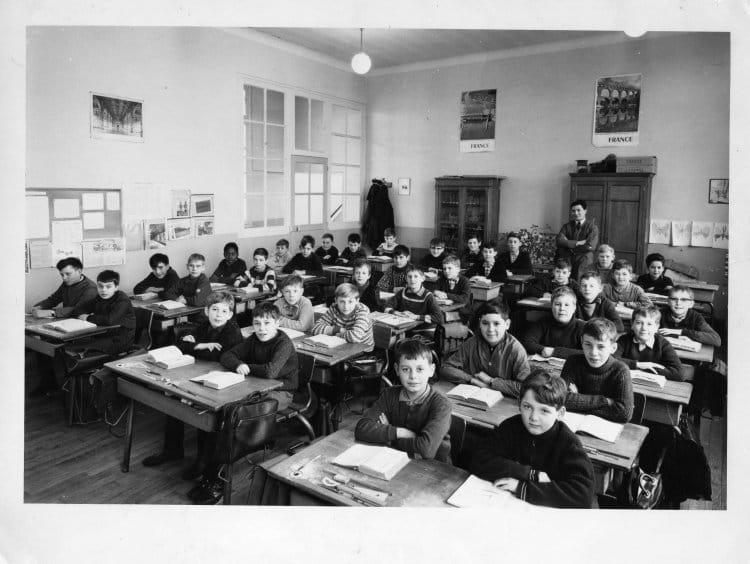 photo de classe cm1 de 1965 ecole maurice bouchor copains d 39 avant. Black Bedroom Furniture Sets. Home Design Ideas