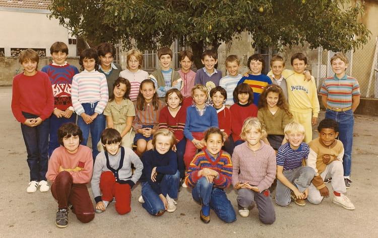 Photo de classe cm2 ecole champs sur yonne de 1984 ecole - Cours de cuisine yonne ...
