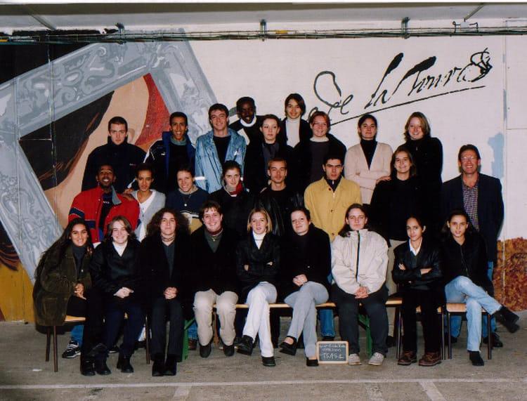 photo de classe bts assurance 1er de 1999 lyc e georges de la tour copains d 39 avant. Black Bedroom Furniture Sets. Home Design Ideas