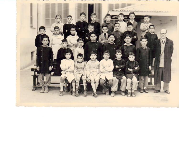 Photo de classe cole des gar ons de la rue du maroc de for Rue des garcons