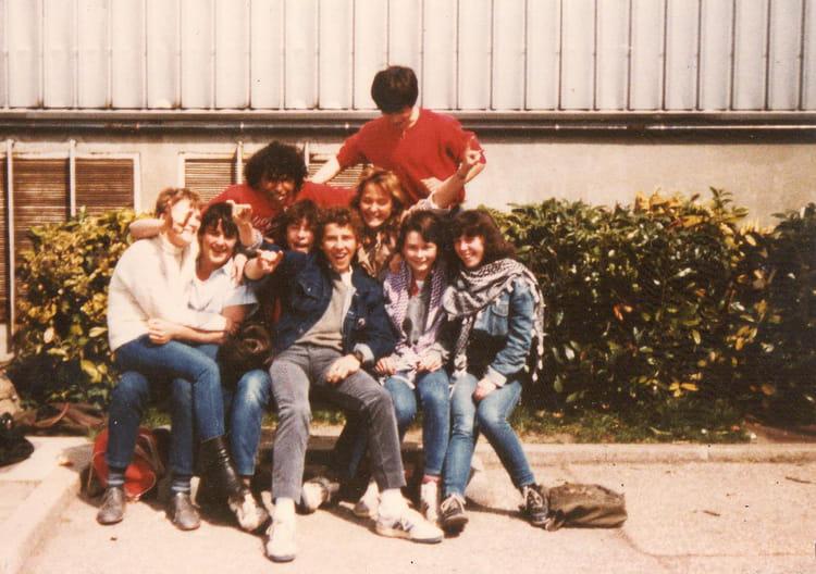 photo de classe de 1984 franceville copains d 39 avant. Black Bedroom Furniture Sets. Home Design Ideas