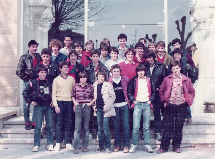 photo de classe 3 232 me 6 de 1981 coll 232 ge jean baptiste de la salle copains d avant
