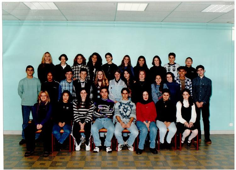 Photo de classe seconde 11 de 1996 adam de craponne for Lycee craponne salon