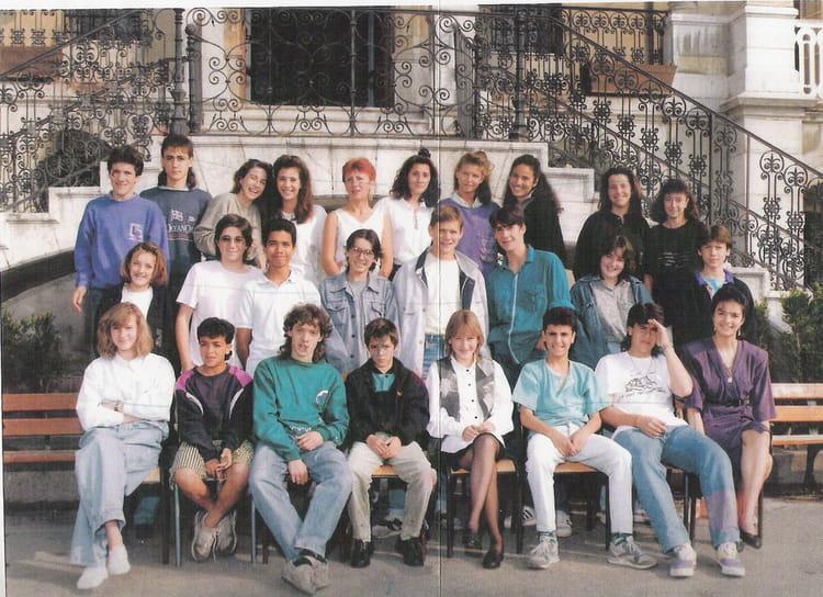 Photo de classe Classe de 3ème de 1989, Collège Saint-hilaire ...