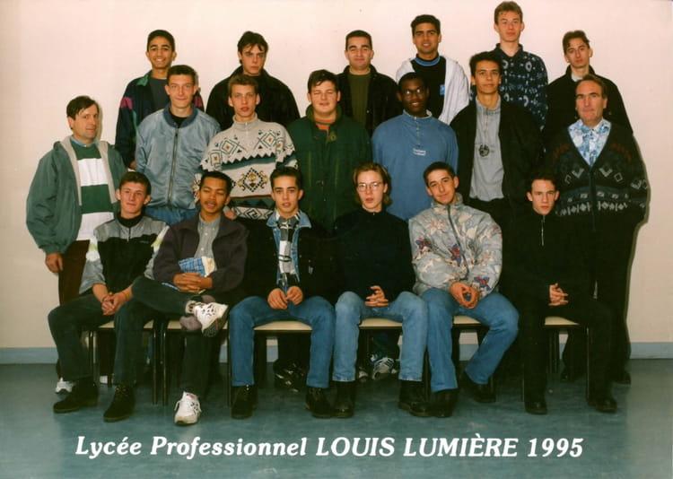 photo de classe telt 2 de 1995 lyc 233 e professionnel louis lumi 232 re copains d avant