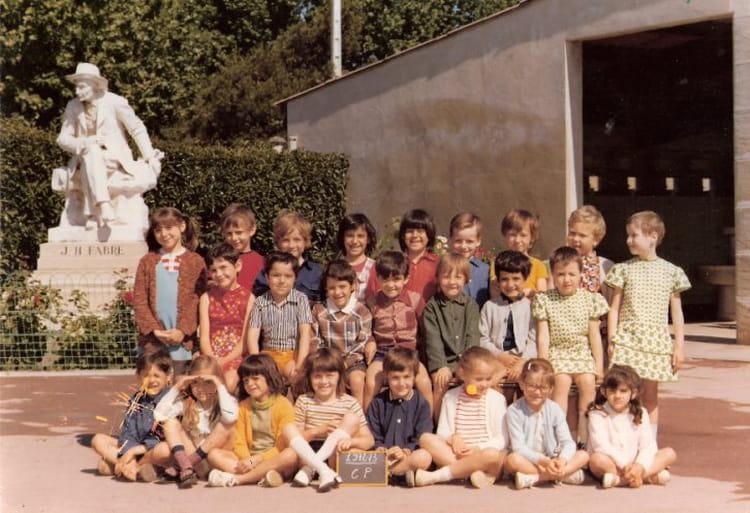 photo de classe cole jean henri fabre de 1968 ecole jean henri fabre avignon copains d 39 avant. Black Bedroom Furniture Sets. Home Design Ideas