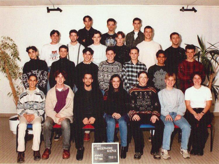 photo de classe bts info industrielle de 1997 lyc e nicephore niepce copains d 39 avant. Black Bedroom Furniture Sets. Home Design Ideas
