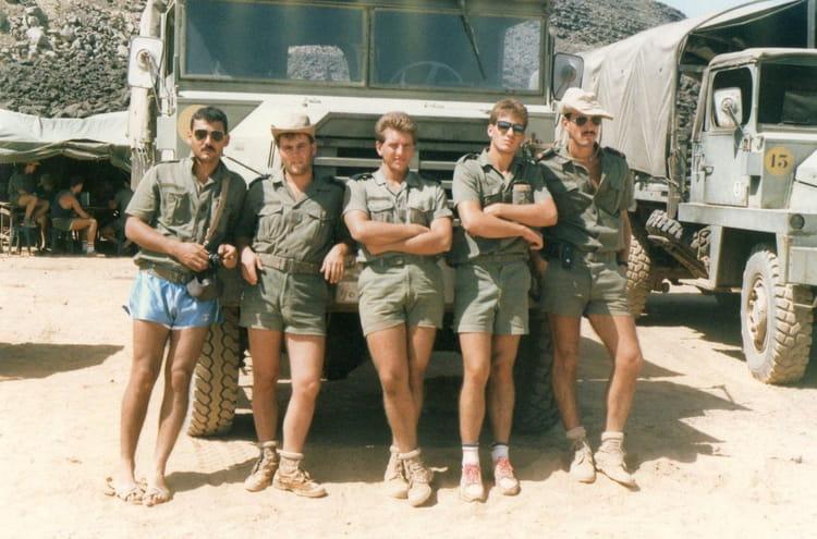 photo de classe une belle equipe de 1987 da 188 copains d 39 avant. Black Bedroom Furniture Sets. Home Design Ideas