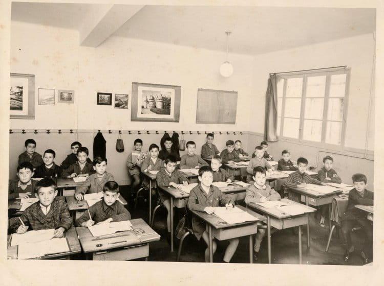 photo de classe bonne question de 1965 ecole centre jean jaures libourne copains d 39 avant. Black Bedroom Furniture Sets. Home Design Ideas