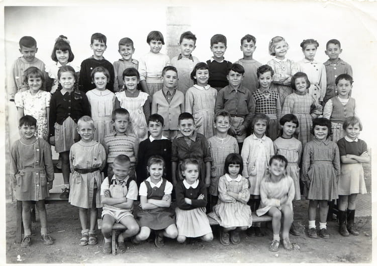photo de classe ecole de la ferme bretonne cm2 de 1956 ecole beausejour copains d 39 avant. Black Bedroom Furniture Sets. Home Design Ideas