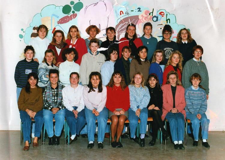 photo de classe classe de terminale f8 de 1991 lyc e edouard gand copains d 39 avant. Black Bedroom Furniture Sets. Home Design Ideas