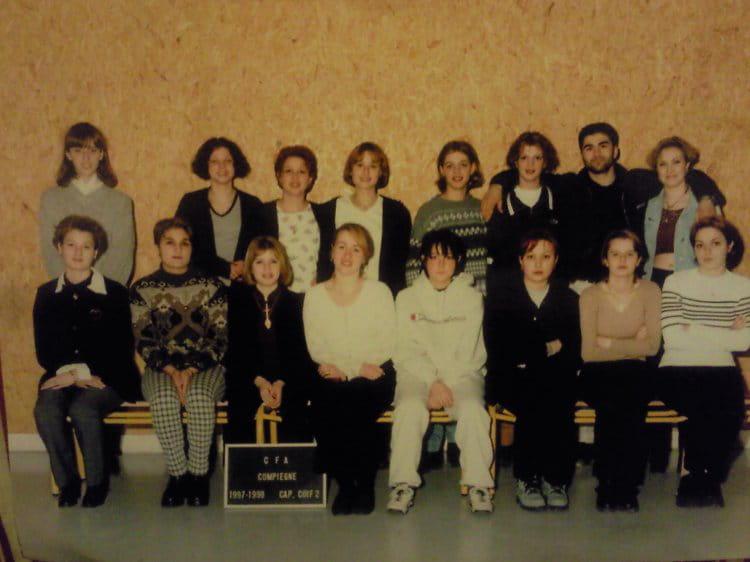 Photo de classe 2 me ann e coiffure de 1997 cfa de la chambre de m tiers de l 39 oise annexe de - Chambre des metiers nogent sur oise ...